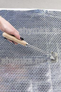 Ролик прикаточный металлический диаметр 30мм ширина 31мм ДЛИННАЯ деревянная ручка на пластине